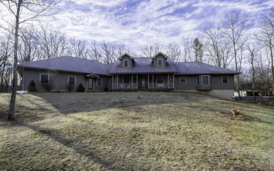 Masthope Beautiful Custom Built Ranch Home For Sale – 272 Falling Waters Blvd.