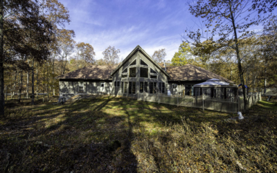 Custom Built Masthope Home For Sale – 272 Falling Waters Blvd