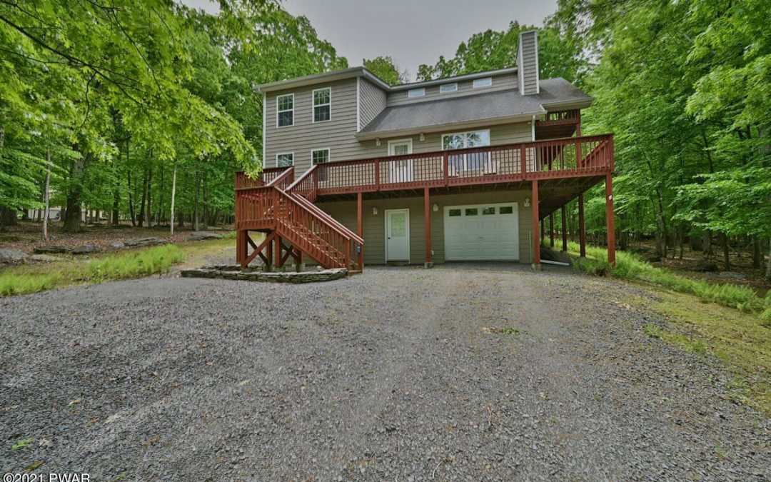 Well-Maintained Masthope Home for Sale – 115 Red Breast Ln